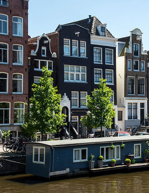 max-brown-canal-district-canal-amsterdam