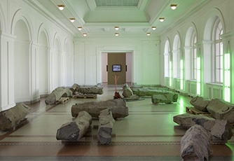 hamburger-bahnhof-max-brown-city-guides