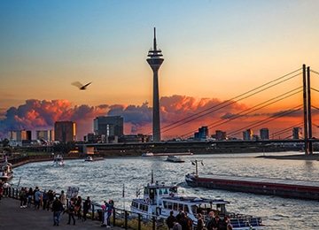 medienhafen-max-brown-city-guide-dusseldorf
