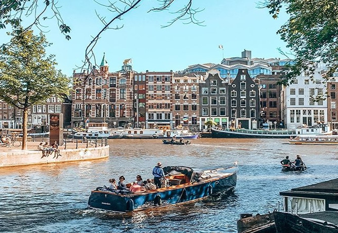 boat sailing amsterdam max brown city guides